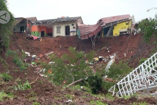 BPBD Jabar relokasi warga zona merah terdampak longsor di Sumedang