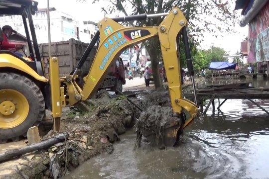 Banjarmasin mulai normalisasi drainase & sungai