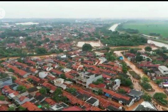 Gubernur Jabar siapkan solusi banjir jangka panjang