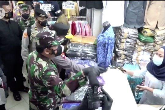 Komnas HAM dorong TNI-Polri sanksi tegas pelanggar prokes