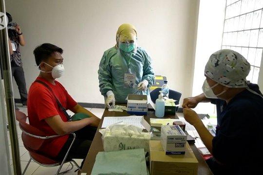 Vaksinasi tahap kedua di Jabar dimulai, korban banjir jadi sasaran