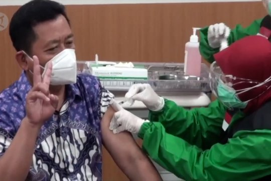 Jateng dan Kalimantan tertinggi dalam capaian vaksinasi tenaga kesehatan
