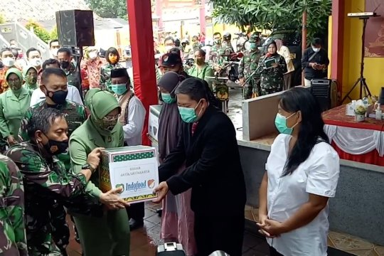 Pangdam Jaya bantu masyarakat sekitar vihara Kota Tangerang