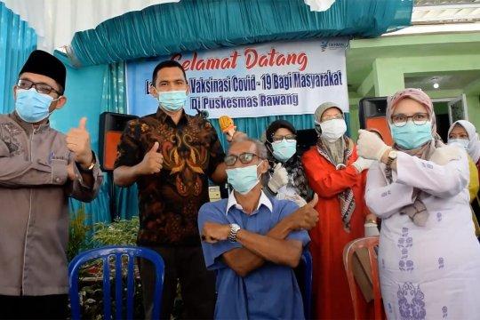 Pemkot Padang mulai suntikan vaksin Corona bagi lansia