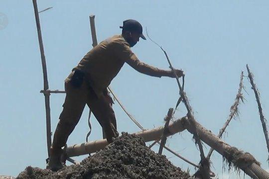 Polisi gerebek tambang pasir ilegal di Batam