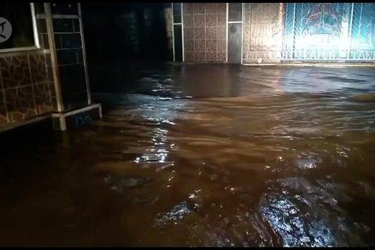 BPBD Papua imbau warga waspada banjir dan longsor
