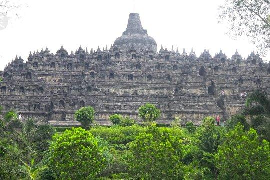 Candi Borobudur tidak termasuk tempat yang disucikan