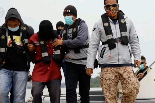 Densus 88 ringkus 3 terduga teroris di Kalbar