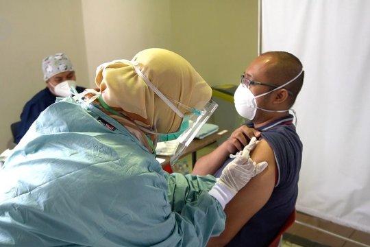 BPOM RI izinkan penggunaan vaksin COVID-19 bagi lansia di atas 60 tahun