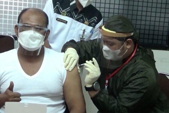 Kalsel segera tuntaskan vaksinasi COVID-19 untuk nakes