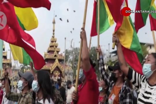 Menlu Retno: mekanisme ASEAN paling tepat atasi krisis Myanmar