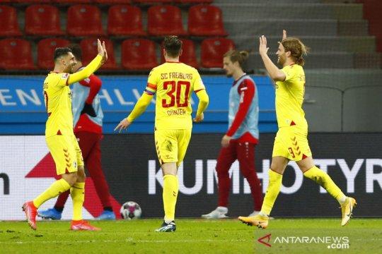 Freiburg bungkam Leverkusan 2-1 di kandangnya