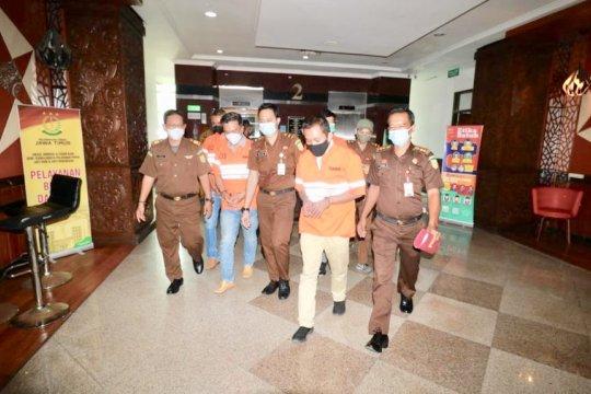 Kejati tahan empat tersangka kasus dugaan korupsi Bank Jatim