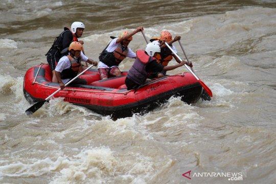Gempar FKIP Untan promosikan wisata Arung Jeram Riam Merasap