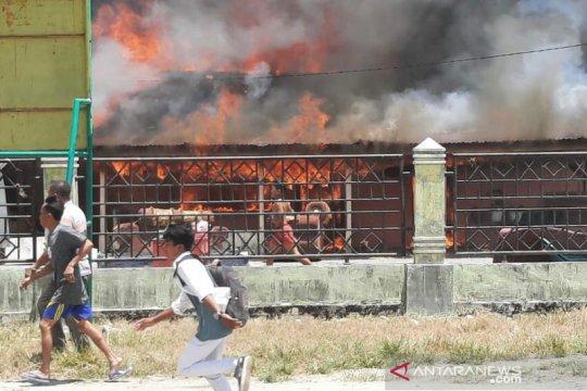 Enam rumah hangus terbakar di Aceh, 25 warga mengungsi