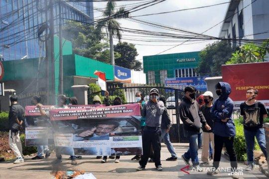 Massa demo narkoba di lapas ke Kanwilkumham Jakarta
