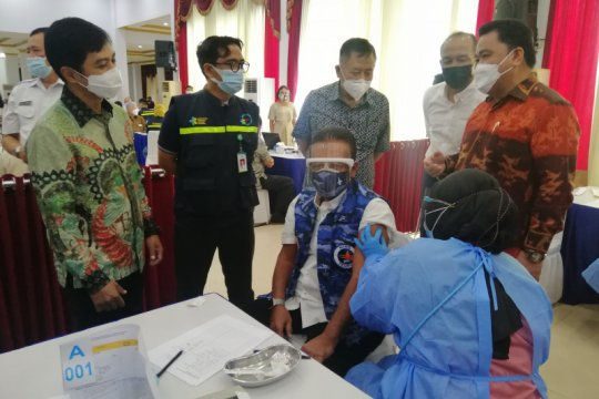 572 purnawirawan TNI AU divaksin COVID-19