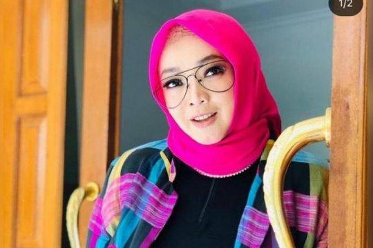 Kabar duka, Presenter Rina Gunawan meninggal dunia