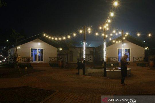 Rumah Lawan COVID-19 bertema glamping