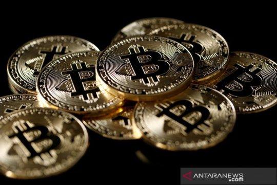 """Kemarin, utang luar negeri RI tumbuh 4 persen hingga """"hype"""" kripto"""