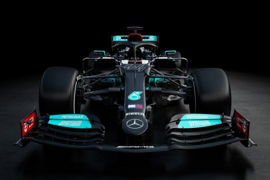 Mobil F1 2021 Mercedes kembali dibalut livery hitam