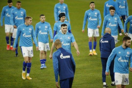 Schalke tunjuk Grammozis sebagai pelatih kelimanya musim ini