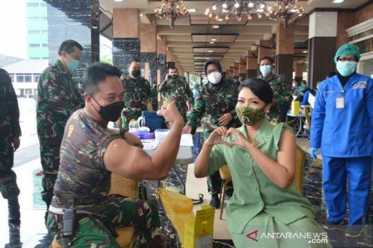 TNI AD laksanakan vaksinasi serentak