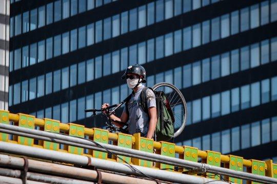 Langkah ramah lingkungan, HAUM bisa kirim barang lewat kurir sepeda