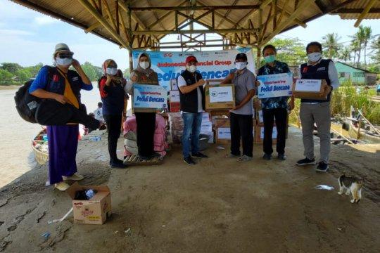 Askrindo salurkan bantuan untuk korban banjir Bekasi-Karawang