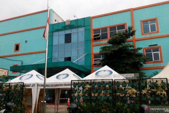 Puskesmas Kramat Jati telah vaksinasi 598 lansia
