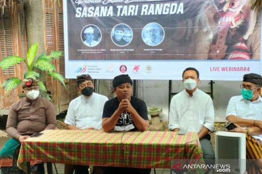 Seniman Bali soroti fenomena maraknya penari Rangda yang kebablasan