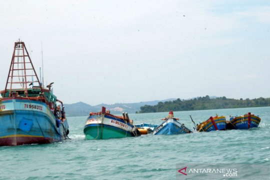 KKP-Kejaksaan eksekusi penenggelaman 10 kapal pencuri ikan