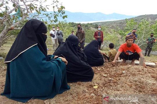 Keluarga Irul, DPO MIT Poso yang tewas tak diizinkan pindahkan makam