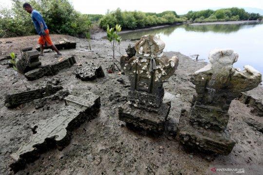 Situs makam bersejarah di Aceh terbengkalai