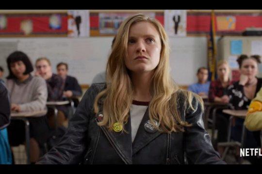 """Moxie"", upaya Amy Poehler kenalkan feminisme pada Gen Z"
