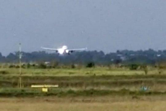 Mendarat darurat, Batik Air masih di landasan pacu Bandara Jambi
