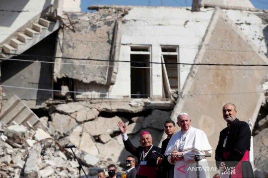 Paus Fransiskus pimpin doa untuk korban perang di Kota Tua Mosul