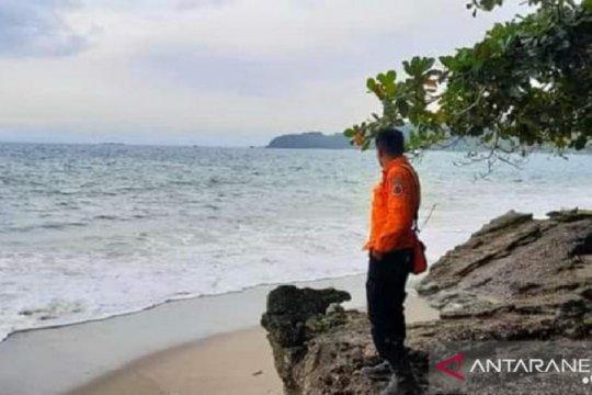 Dua bocah hilang tenggelam, berenang di Pantai Palabuhanratu, Sukabumi