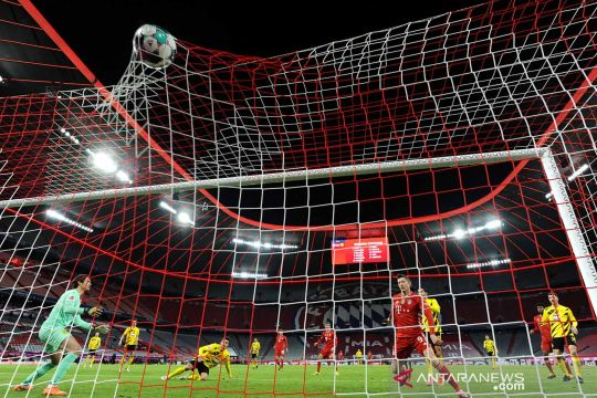 Liga Jerman : Bayern libas Dortmund 4-2