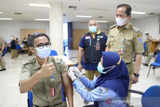 269 ASN Jakarta Utara terima vaksinasi COVID-19 fase pertama