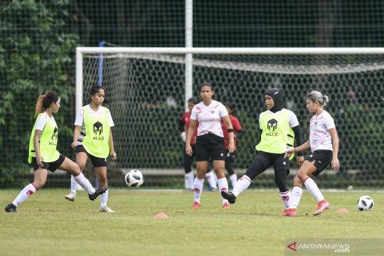 Pelatih: fisik pemain tim putri membaik namun belum capai level timnas