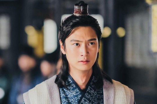 """Tampilan Na In Woo pengganti Ji Soo di """"River Where the Moon Rises"""""""