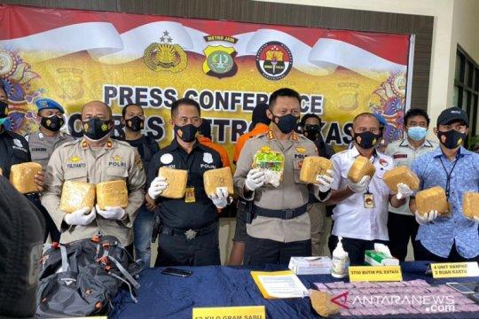 Polisi sebut kurir narkoba lintas negara dapat upah Rp50 juta