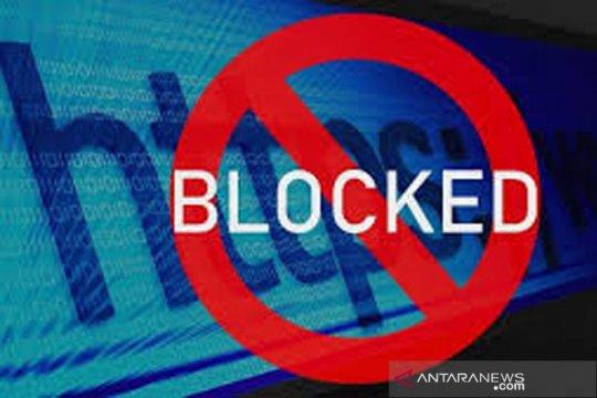 100 domain situs entitas perdagangan berjangka diblokir