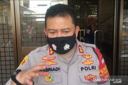 Polrestro Jakut mengecek izin penggunaan senpi personelnya