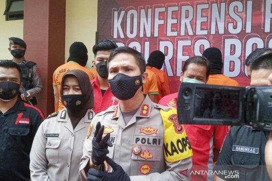 Kapolres Bogor: Pembuang botol ke mulut kuda nil terancam penjara