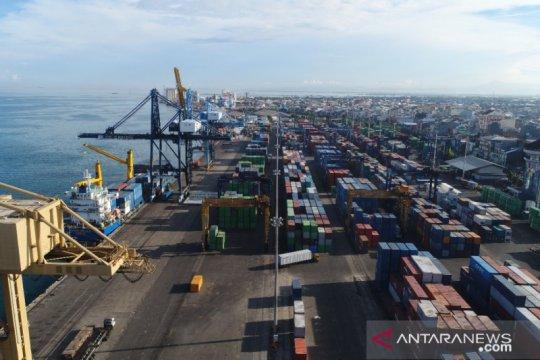 BPS: Nilai impor naik dua digit, pertama kali sejak Juni 2019