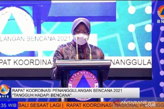"Risma kenang penanganan COVID-19 di Surabaya bagai ""perang"""