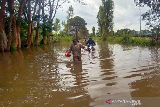 Ribuan KK di Jayawijaya mengungsi akibat banjir