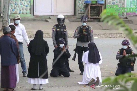 Tentara Myanmar gunakan taktik tempur lawan protes